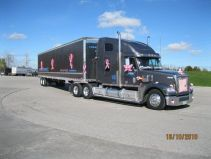 2010 grey freightliner leaving 5th wheel