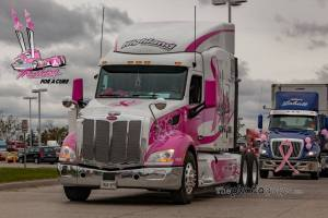 truck convoy image